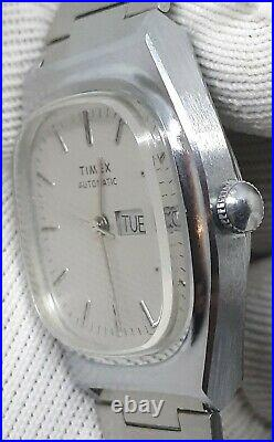 RARE Vintage Timex Mens Automatic Viscount Silver Barrel Silver Watch MINT LOOK