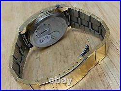 VTG Sears Phasar 2000 Men Gold Tone Barrel RED LED Digital Watch HourNew Batter